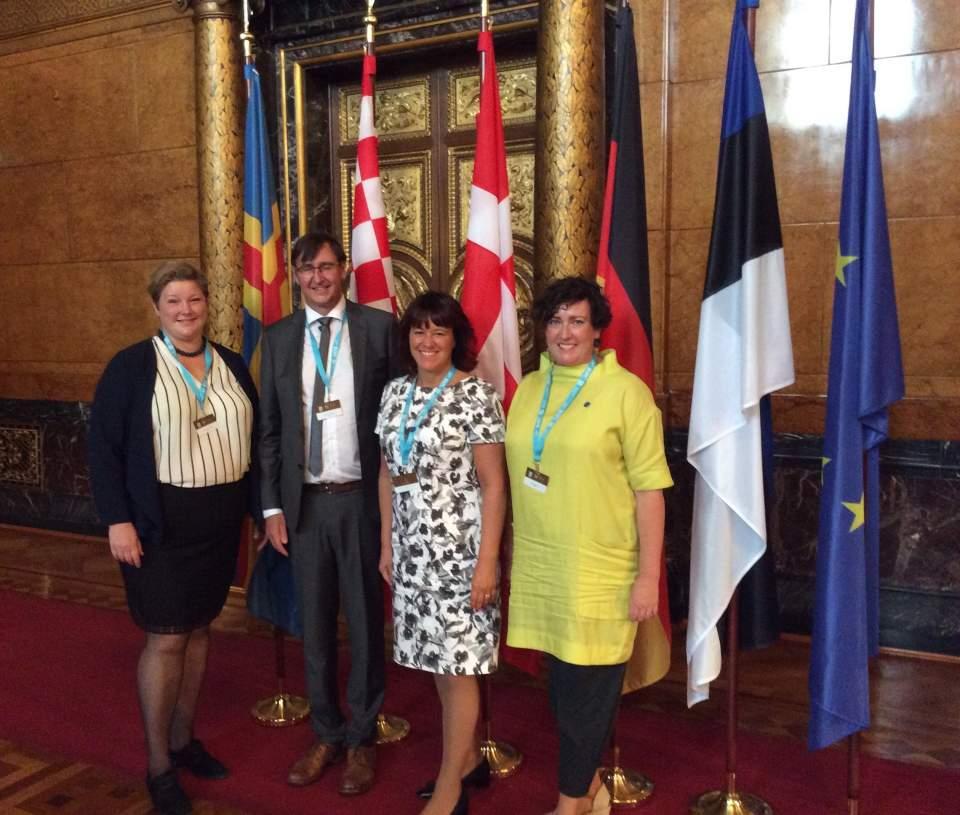 På bilden från vämster Ingrid Johansson, Jörgen Pettersson, Annette Holmberg-Jansson och Sara Kemetter