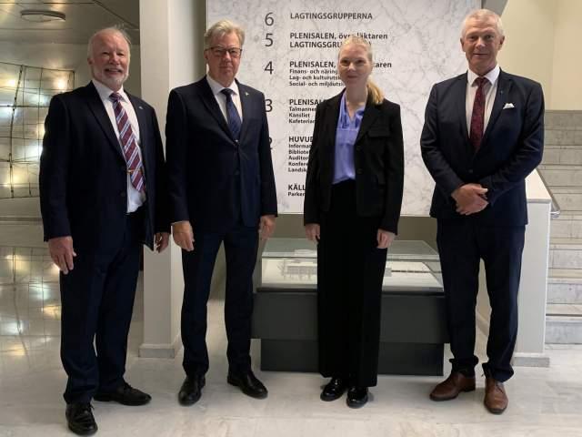 Sveriges ambassadör Nicola Clase