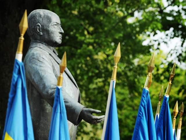 Flaggor och Julius Sundblom