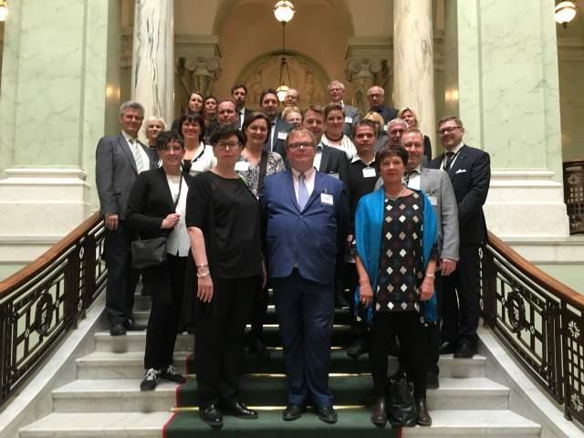 Lagtingsledamöter på besök i Sveriges riksdag